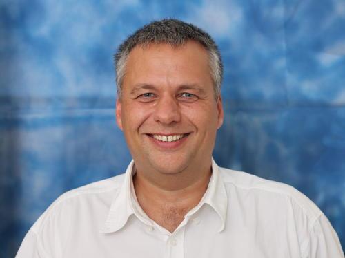 Dr. Molnár Balázs